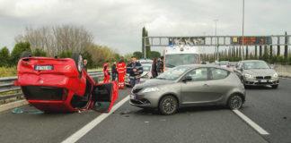 Как рассчитывается стоимость восстановительных работ при независимой экспертизе автомобиля?
