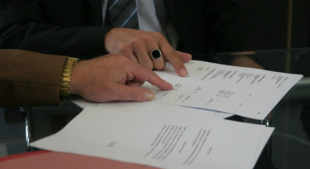 Адвокатское консультирование клиентов