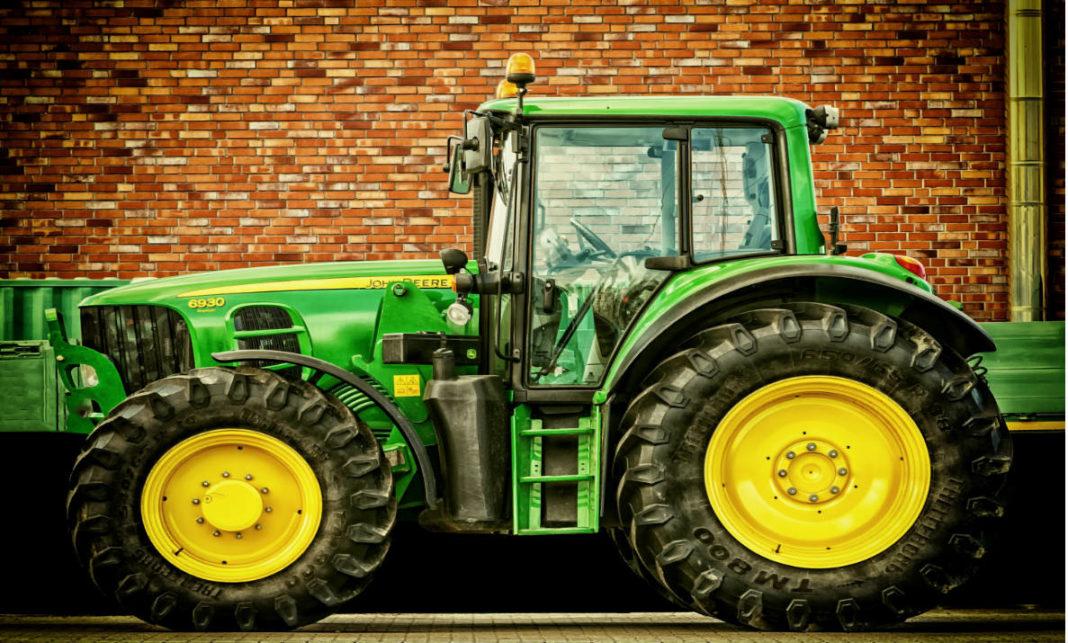 Тракторы Джон Дир являются предметом особой гордости в современности