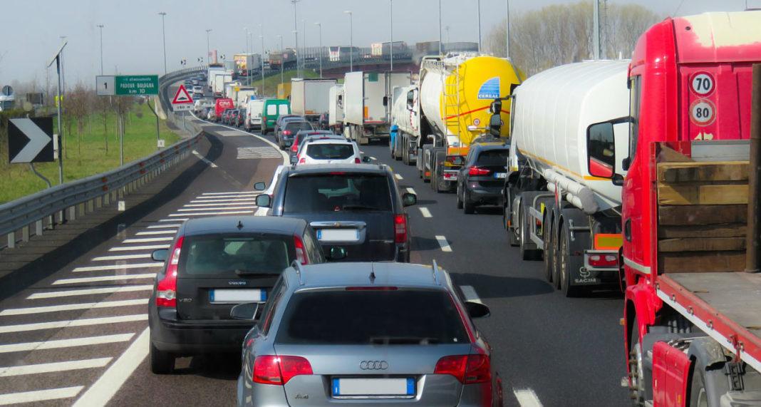 Зимние шины грузовиков станут обязательны, ремонт грузовиков